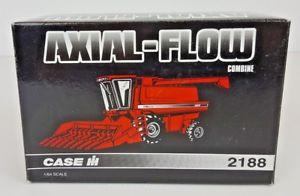 【送料無料】模型車 モデルカー スポーツカー ケースファームショーertl case ih 2188 axialflow combine 1995 farm show edition 164 nib
