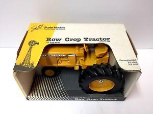 【送料無料】模型車 モデルカー スポーツカー row crop tractor by scale models 116 diecast souvenir tractor iowa 1990 rare
