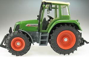 【送料無料】模型車 モデルカー スポーツカー トターsiku farmer 2968 fendt farmer 411 vario resedagrn traktor 132