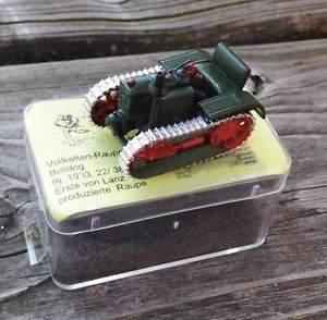 【送料無料】模型車 モデルカー スポーツカー ファイルブルドッグlanz vollkettenraupenbulldog von 1933  von saller 187