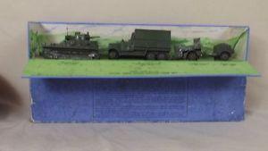 【送料無料】模型車 モデルカー スポーツカー ロイヤルタンクユニットdinky 151 prewar royal tank corps military tank unit set