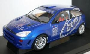 【送料無料】模型車 モデルカー スポーツカー フォードフォーカスaa89910 by autoart ford focus wrc 1999 118