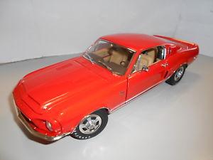 【送料無料】模型車 モデルカー スポーツカー シェルビーacma1801805 shelby gt500 1968 118