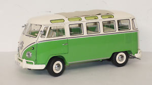 【送料無料】模型車 モデルカー スポーツカー サンババスvw t1 samba bus schuco 118