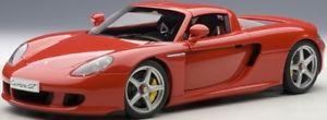【送料無料】模型車 モデルカー スポーツカー ポルシェカレラautoart 78044 118 porsche carrera gt red neu