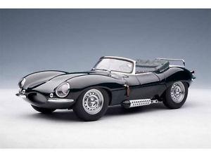 【送料無料】模型車 モデルカー スポーツカー ジャガースティーブマックィーンコレクションjaguar xk ss steve mcqueen collection green 1956 autoart 118 73526