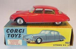 【送料無料】模型車 モデルカー スポーツカー コーギーシトロエン#レッドcorgi toys 210 s citroen ds19 rot in ovp 5371