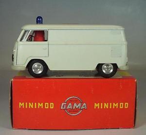 【送料無料】模型車 モデルカー スポーツカー ガマバスボックスフォルクスワーゲン#gama minimod 143 nr 9541 vw t1 bus kasten volkswagen krankenwagen ovp 6438