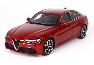 【送料無料】模型車 モデルカー スポーツカー アルファロメオジュリアベローチェロッソコンペティツィオーネalfa romeo giulia veloce 2016 rosso competizione 118 bbrc1829d bbr