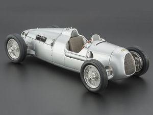 【送料無料】模型車 モデルカー スポーツカー オートユニオンタイプcmc auto union typ c 1936 118 m034