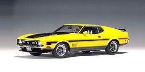 【送料無料】模型車 モデルカー スポーツカー フォードマスタングマッハイエロー