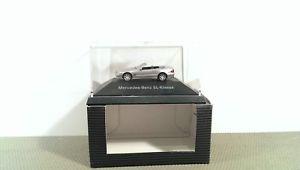 【送料無料】模型車 モデルカー スポーツカー クラスneues angebotherpa mb sl klasse *vi50811
