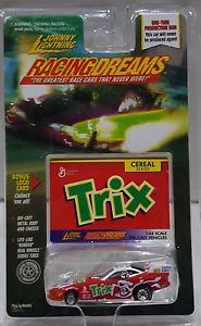 【送料無料】模型車 モデルカー スポーツカー ジョニーレーシングシリーズゴムタイヤjohnny lightning racing dreams cereal series trix rubber tires
