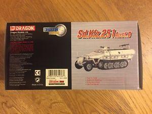 【送料無料】模型車 モデルカー スポーツカー ドラゴンアーマーdragon armor 60236 sdkfz251 ausfd pzgrendiv lah kharkov 1943 172