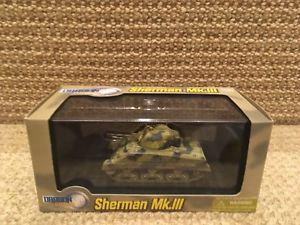 【送料無料】模型車 モデルカー スポーツカー ドラゴンセントマーティンシリアdragon armor 172 sherman mk iii, barford stmartin, syria 1943, 60310