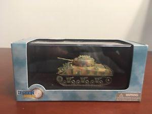 【送料無料】模型車 モデルカー スポーツカー ドラゴンシャーマンフロントdragon armor 172 beutepanzer m4a2 75 sherman, e front 1944, 60403