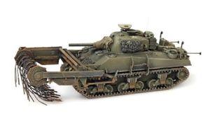 【送料無料】模型車 モデルカー スポーツカー シャーマンタンククリアartitec 387117 187 h0 us sherman m4a4 flail mine clearing tank  neu