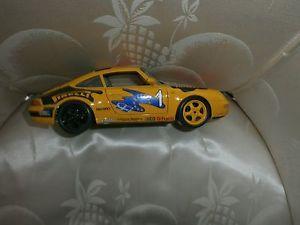 【送料無料】模型車 モデルカー スポーツカー ポルシェカレラレーシングburago porsche 911 carrera racing 1993 118