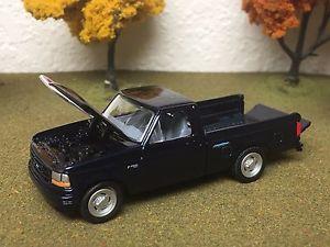 【送料無料】模型車 モデルカー スポーツカー フォードピックアップトラックオープニングフードテールゲート