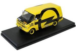 【送料無料】模型車 モデルカー スポーツカー オペルスポーツサービスbedford blitz opel sport service 1974 trofu 143 sca16