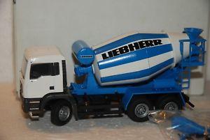 【送料無料】模型車 モデルカー スポーツカー コンラッド150 conrad camion betoniera man 3 assi