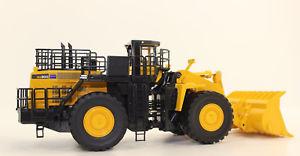 【送料無料】模型車 モデルカー スポーツカー ギアコマツホイールローダーボックスfirst gear 50 3301 komatsu wa 900 3 radlader 150 neu in ovp