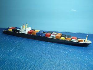 【送料無料】模型車 モデルカー スポーツカー risawoleska schiff 11250 d containerschiff hong kong express ri 50 conta