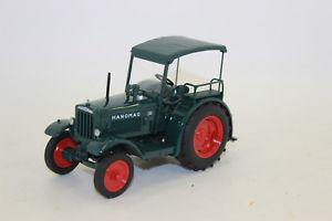 【送料無料】模型車 モデルカー スポーツカー トターグリーンボックスschuco 08992 hanomag r40 traktor grn 132 neu in ovp