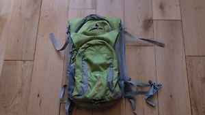 【送料無料】キャンプ用品 vango rapide 20バックパック18ポンド2ポンドスペース