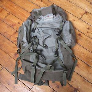 【送料無料】キャンプ用品 ハイキングブドウカリマージャガーs65 65ポンドバックパックリュックサックグリーン