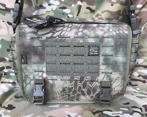 【送料無料】キャンプ用品 コーデュロバッグmilitary cordura direct action cross shoulder tactical bag