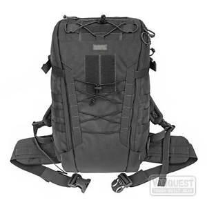 【送料無料】キャンプ用品 vanquest ibex 30バックパッキング
