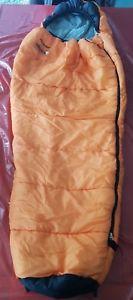 【送料無料】キャンプ用品 vango nitestar 300sleeping bagvango nitestar 300 sleeping bag