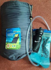 【送料無料】キャンプ用品 バッグsingle rectangular sleeping bag with water bottle and hydrant bag
