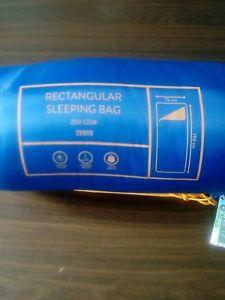 【送料無料】キャンプ用品 rectangular sleeping bag 200gsmrectangular sleeping bag 200 gsm