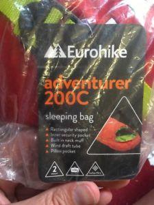 【送料無料】キャンプ用品 eurohike200c1サイズeurohike adventurer 200c sleeping bag, red, one size