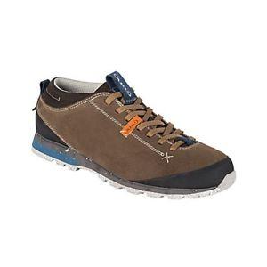 【送料無料】キャンプ用品 ハイキングブーツブラウンaku bellamont low rise hiking boots, uk 75, eu 415, us m 8, us l 95, brown