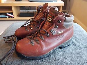 【送料無料】キャンプ用品 mens zamberlanブーツサイズ43 uk9mens zamberlan brown genuine leather walking boots size 43 uk 9