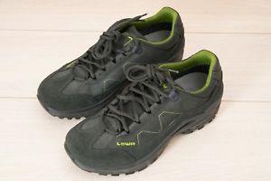 【送料無料】キャンプ用品 ロワトーロgtxウォーキングシューズ741  グレーlowa mens toro gtx low walking shoe uk 7 41 grey green