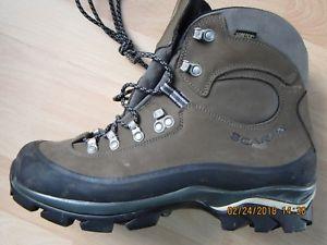 【送料無料】キャンプ用品 ハイキングブーツサイズ¥scarpa hiking bootssize43usedonlyonce2heavy4 a lightwalkerlikemyself 160