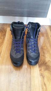 【送料無料】キャンプ用品 ブーツscarpa 86821 mensサイズ1044 eu**bargain**scarpa 86821 mens walking mountaineering boots, size 10 uk 44 eu **bargain**