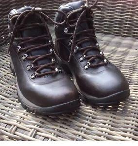 【送料無料】キャンプ用品 テックウォーキングブーツサイズ7ladies hi tec walking ramble boots leather brown size 7