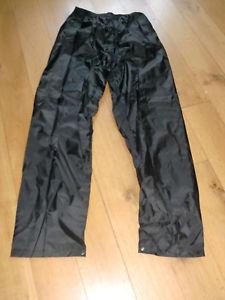 【送料無料】キャンプ用品 レガッタレースmensズボンサイズバッグregatta professional mens waterproof trousers size small with bag