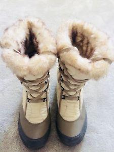 【送料無料】キャンプ用品 ケチュアブーツquechua women's boots