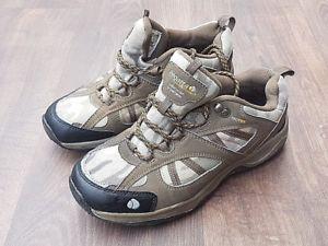 【送料無料】キャンプ用品 レガッタミッドカットウォーキングブーツレースアップサイズjuniors regatta guideway mid cut walking boots breathable lace up shoes size 5