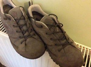 【送料無料】キャンプ用品 ウォーキングブーツサイズハイキングmens trezeta walking hiking low boots shoes size 75