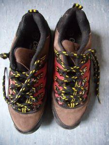 【送料無料】キャンプ用品 コットントレーダーウォーキングシューズサイズwomens cotton traders walking shoes size 4 lace up