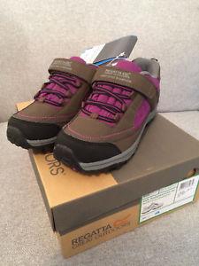 【送料無料】キャンプ用品 ハイキングシューズサイズregatta trailspace hiking shoes uk size 4 brand boxed