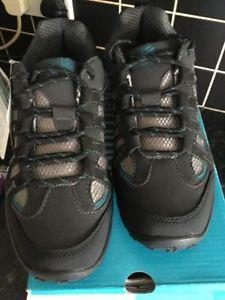【送料無料】キャンプ用品 トレーナーウォーキングサイズkarrimore ksb traveller 111l walking shoes trainers size 5