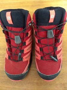 【送料無料】キャンプ用品 サロモンウォーキングブーツサイズgirls salomon walking boots size 1